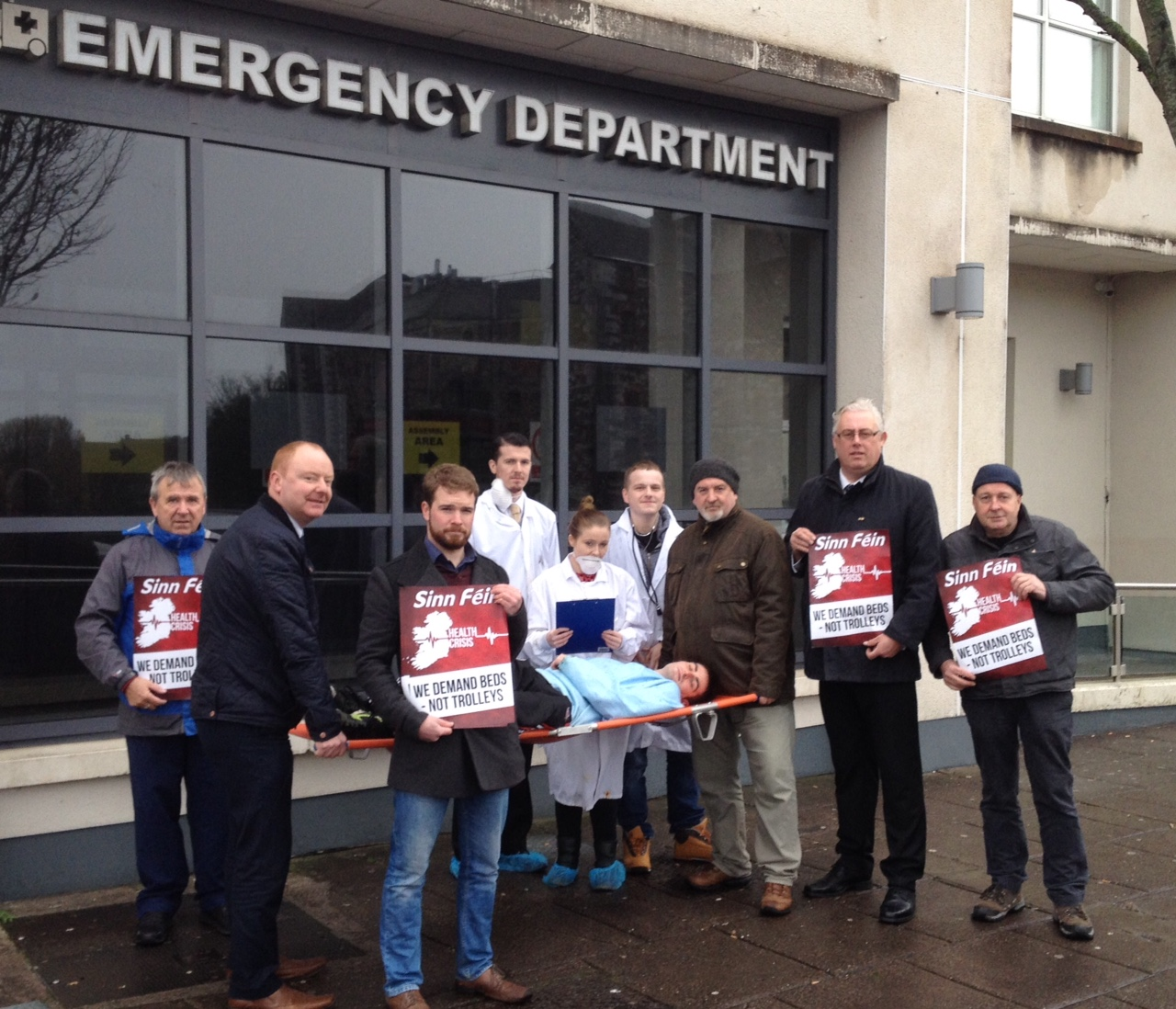 Protest outside Cork City Centre Emergency Department to highlight overcrowding