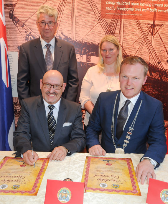 Tasmania (Australia) signs agreement with Cork (Ireland)