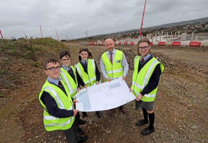 Carrigaline Gaelscoil students visit construction site at Ballinrea