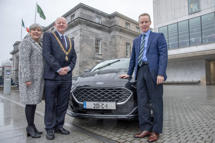 Lord Mayor receives new car for 2020 from Ford #Tradition
