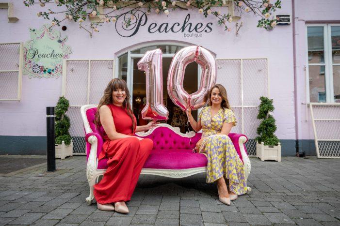 BUSINESS: Cork schoolfriends celebrate 10 years of successful boutique @Peacheskilkenny
